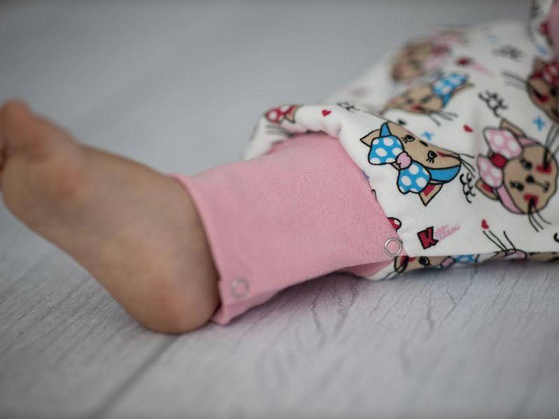 Liberina vreća za spavanje sa nogavicama - dva sloja pamuka - dugi rukavi - Mace sa mašnama