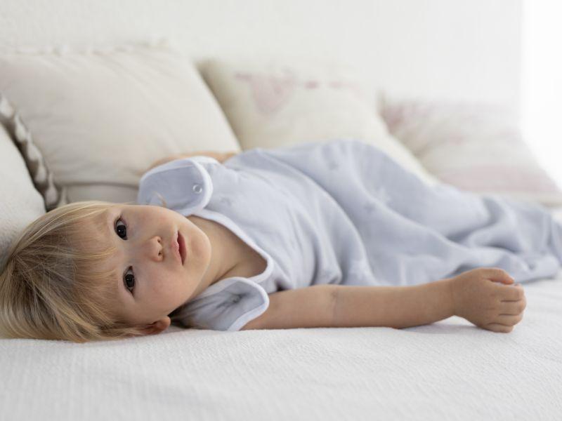 Liberina vreća za spavanje - dvostruki pamučni muslin - Sive zvezdice