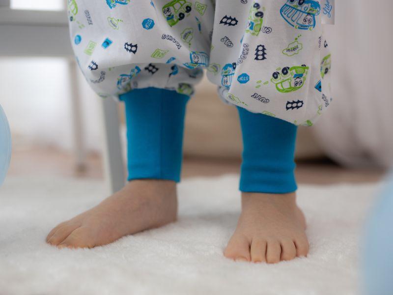Liberina vreća za spavanje sa nogavicama - jedan sloj tankog pamuka - bez rukava - Autobusi plavi